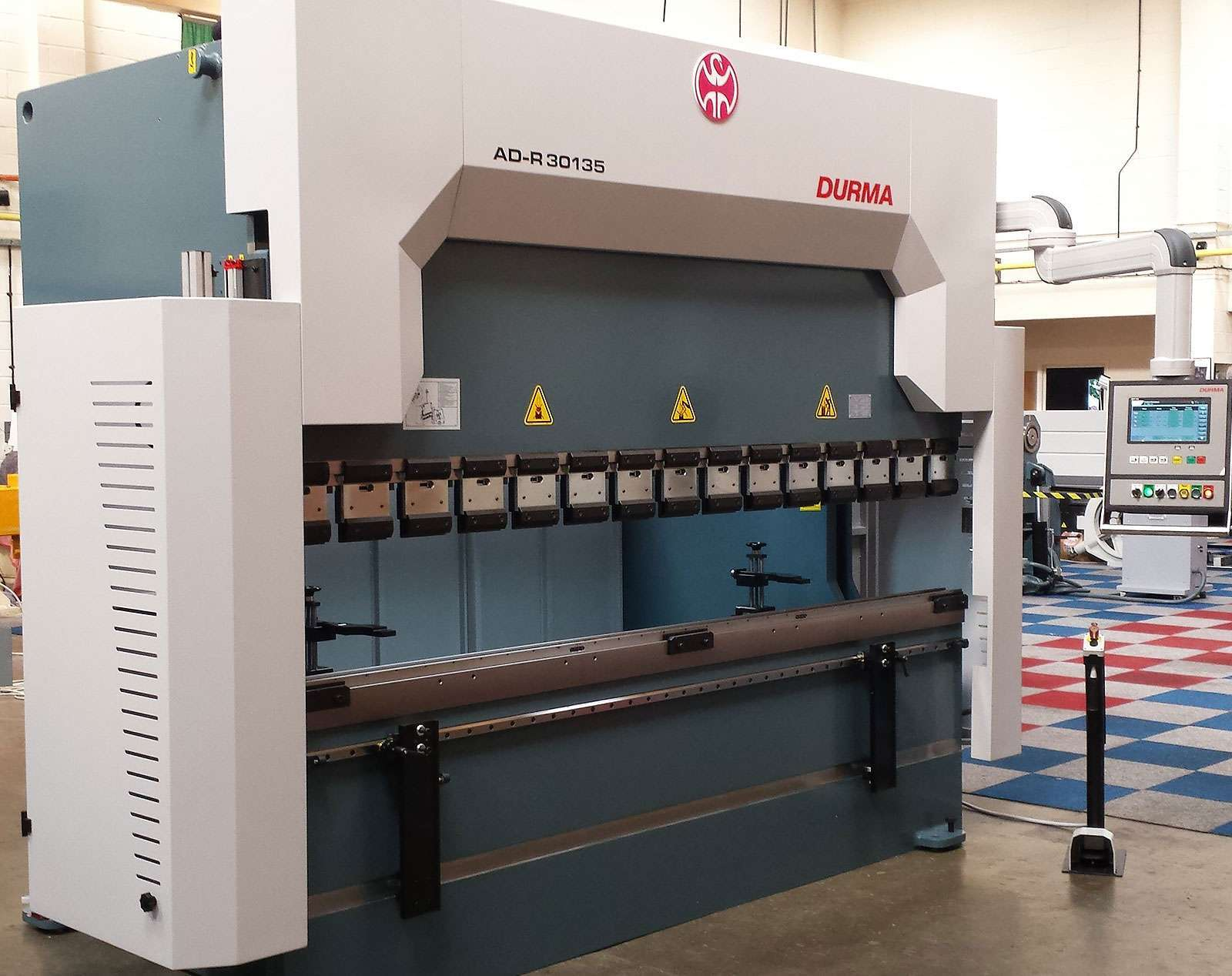 Parker Environmental purchases a Durma Hydraulic Downstroking Pressbrake