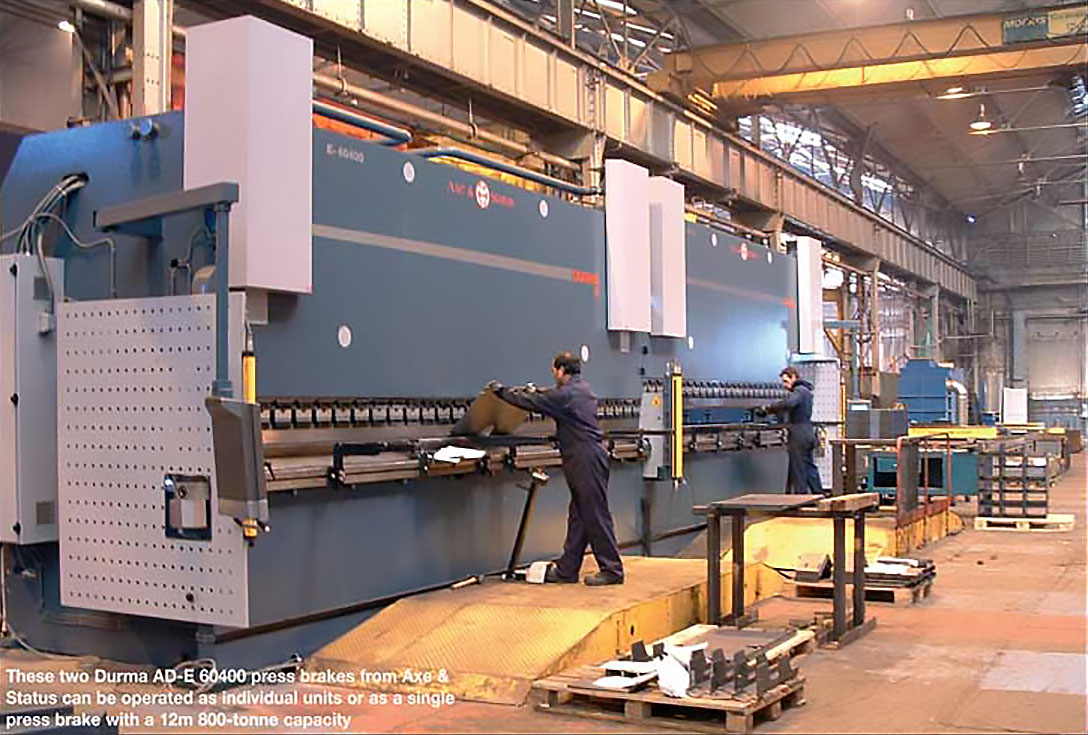 Tandem press brake with 12m bed transforms large bending operations